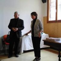Presentazione della conferenza : Padre Vittorio responsabile artistico e Corazzon Giovanna Presidente dell'associazione